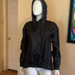 Woman's  black FABLETICS hooded pullover jacket SM
